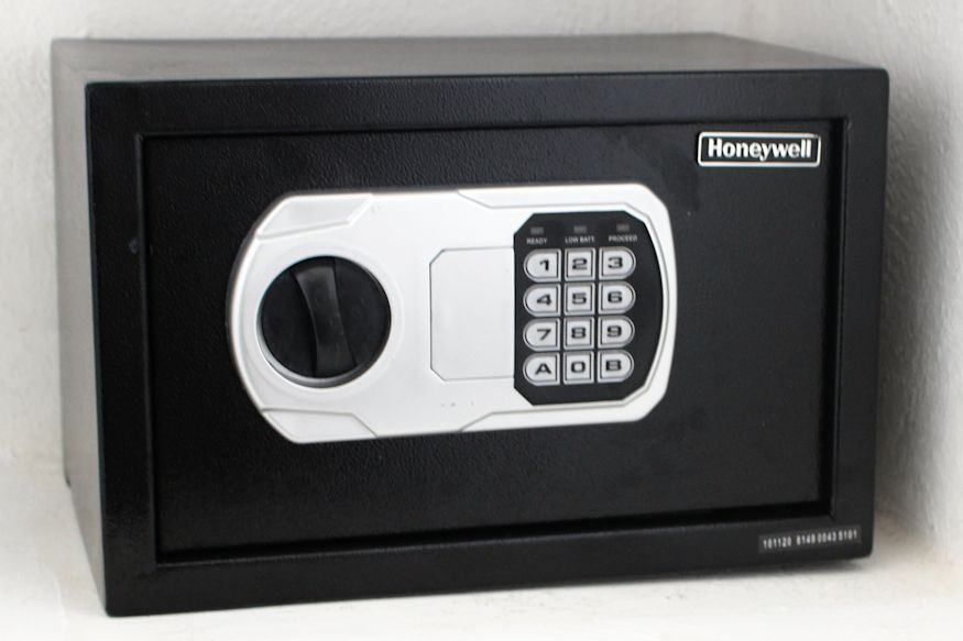 Honeywell safe