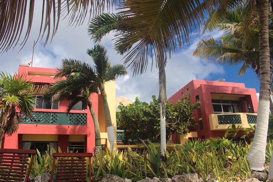 Sin Duda Villas Hotel Front