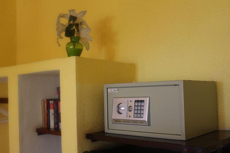 Safe in Hotel Tierra Maya