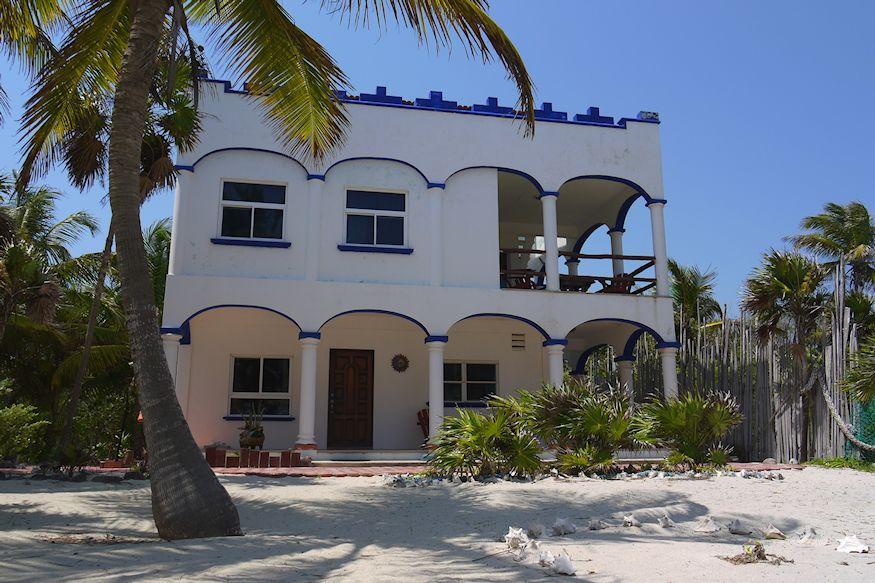 Playa Sonrisa Beach House and Palmtree