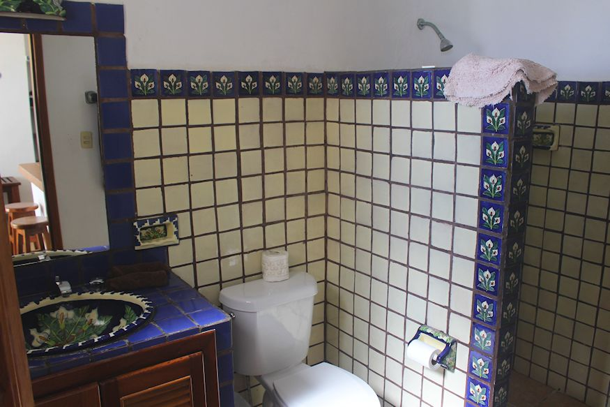 Bathroom in guestroom at Paraiso